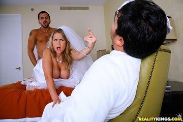 Alanah Rae - a menyasszony félrekúr